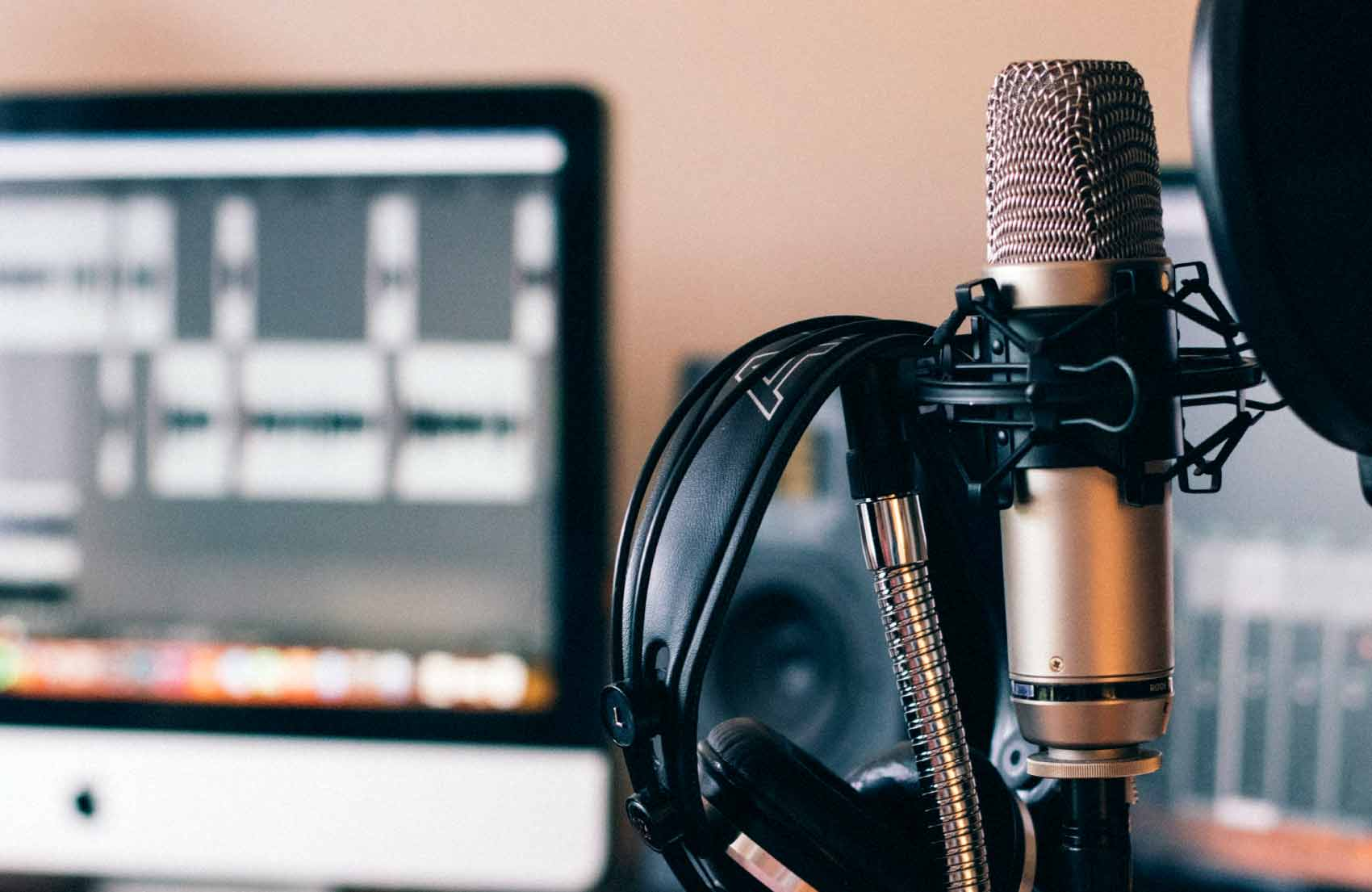 Top 5 Healthcare Podcasts